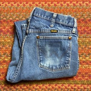 WELL WORN WRANGLER COWBOY JEANS